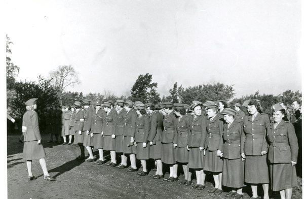 Apel Pomocniczej Służby Kobiet, Rosja Sowiecka, 1941/1942