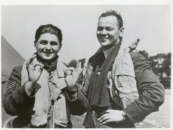 Lotnicy z Dywizjonu 303