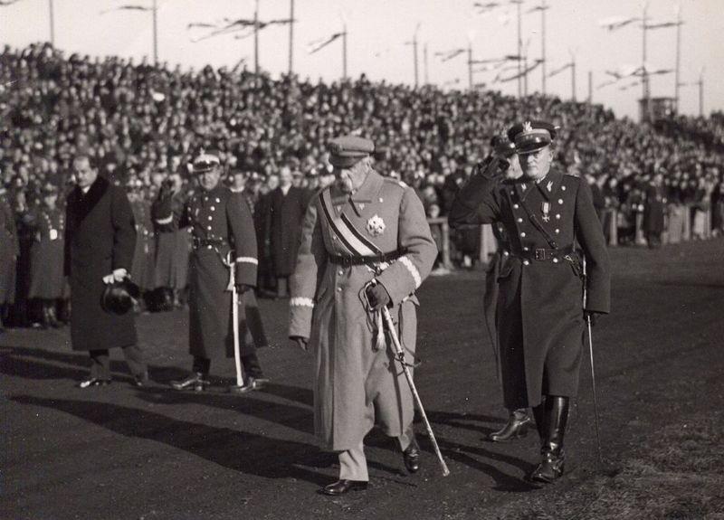 Marszałek Józef Piłsudski wizytuje polskie wojsko