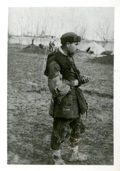 Mężczyzna, który po ogłoszeniu umowy Sikorski-Majski zwolniony z łagru dotarł do tworzącej się tzw.  Armii Andersa